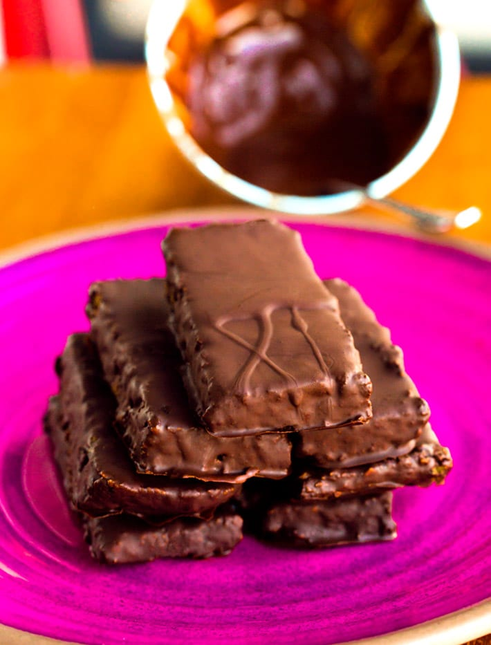 Chocolate Oatmeal Protein Bars