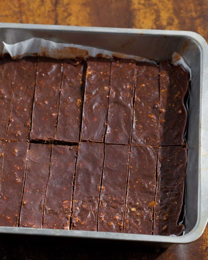 Making Chocolate Candy Bars At Home